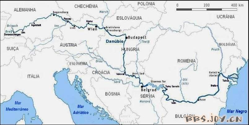 """是欧洲第二长河,被人赞美为""""蓝色的多瑙河"""",像一条蓝色飘带蜿蜒在欧洲"""
