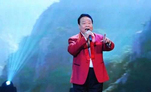 [12/8/2017]重温歌唱家柳石明演唱的快手《电影分屏视频怒潮图片